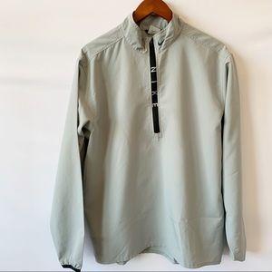 Nike jacket 🦋🦋🦋🦋 Gray Size M